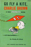 Cover for Go Fly a Kite, Charlie Brown (Holt, Rinehart and Winston, 1960 series)