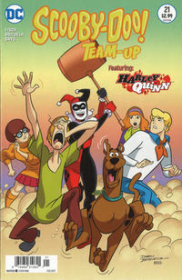 Cover for Scooby-Doo Team-Up (DC, 2014 series) #21 [Newsstand]