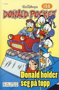 Cover Thumbnail for Donald Pocket (Hjemmet / Egmont, 1968 series) #158 - Donald holder seg på topp [2. utgave bc 239 07]