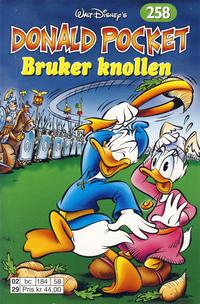 Cover Thumbnail for Donald Pocket (Hjemmet / Egmont, 1968 series) #258 - Donald bruker knollen [1. opplag]