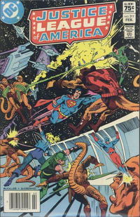 Cover for Justice League of America (DC, 1960 series) #211 [Newsstand]