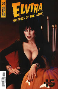 Cover Thumbnail for Elvira: Mistress of the Dark (Dynamite Entertainment, 2018 series) #4 [Cover D Photo]