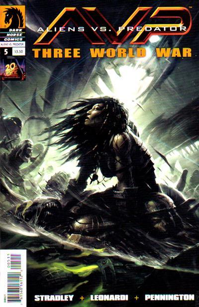 Cover for Aliens vs. Predator: Three World War (Dark Horse, 2010 series) #5