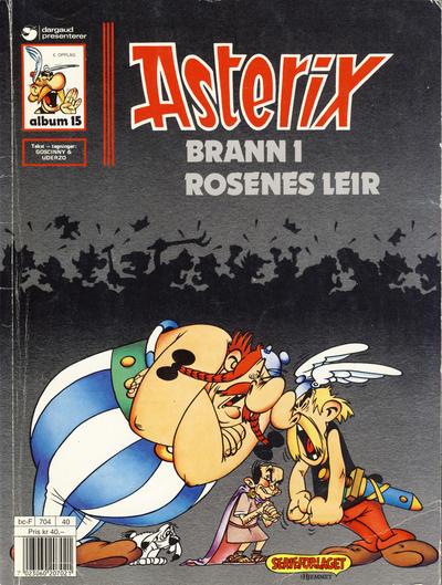 Cover for Asterix (Hjemmet / Egmont, 1969 series) #15 - Brann i rosenes leir [5. opplag]
